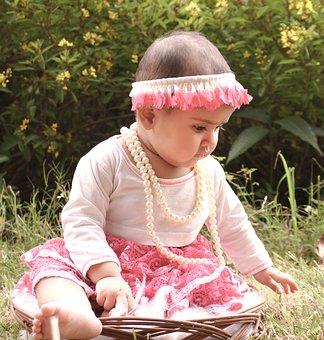 baby-girl-1633940__340